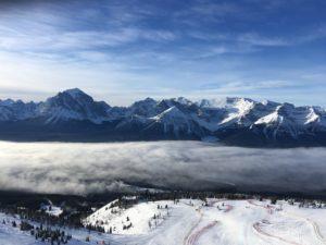 スキー場オープン!!今年は1週間早いオープンで順調な滑り出し。